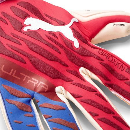 ULTRA Grip 1 Hybrid Pro Faster Football Pack